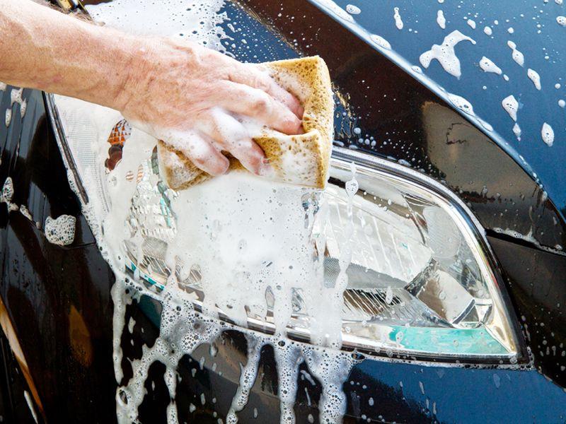 Ogni 10 lavaggi auto 1 è in OMAGGIO!