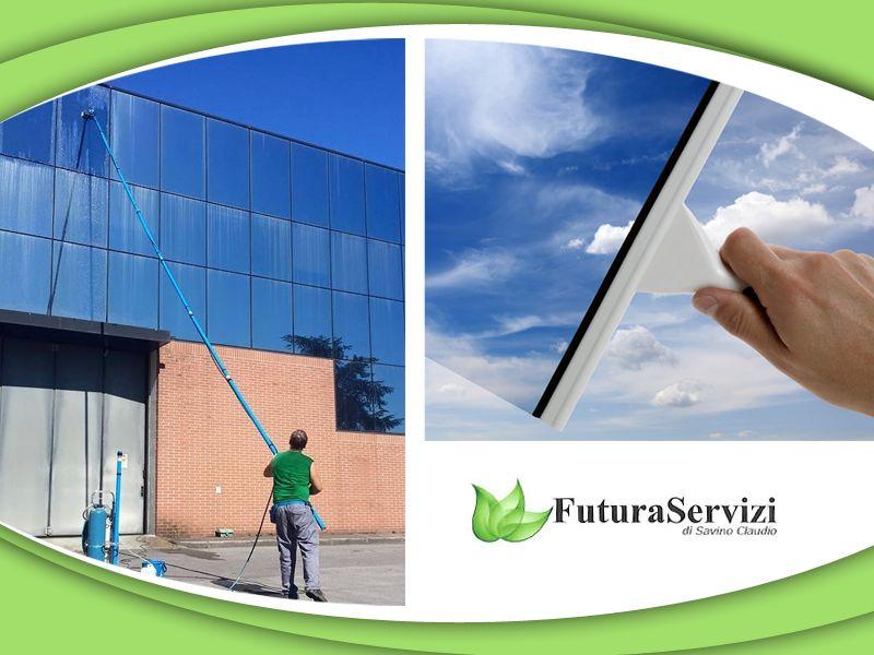 offerta lavaggio vetri esterni - promozione pulizia vetri - futura servizi