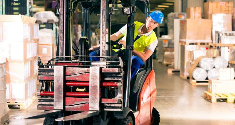 Offerta corso formazione addetti conduzione carrelli elevatori - Promozione corsi lavoro