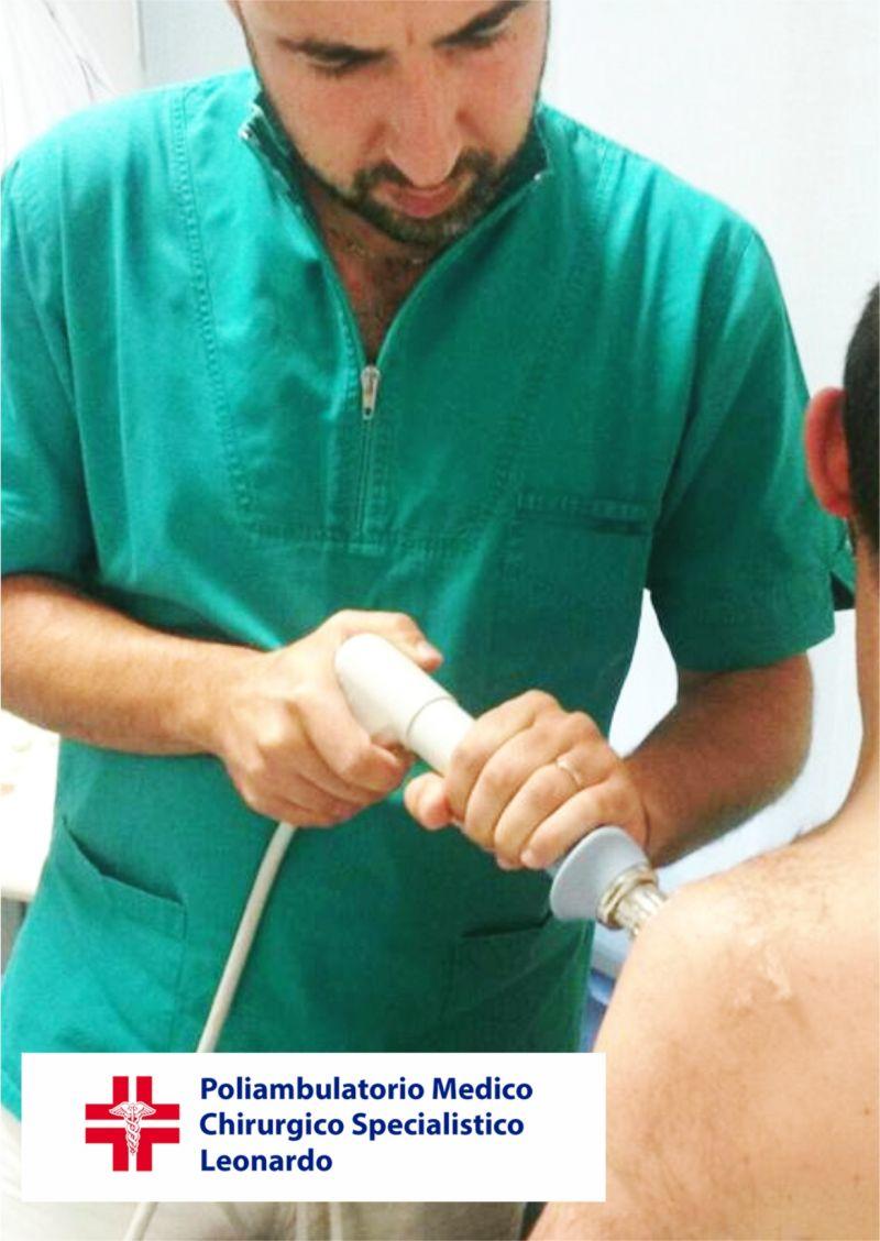 offerta terapia con onde d'urto tendinopatia spalla - occasione tecarterapia riabilitazione