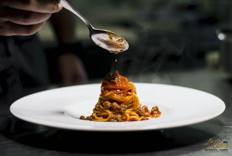 Promozione cucina tipica abruzzese arrosticini castrato - offerta pizza cotta su forno a legna
