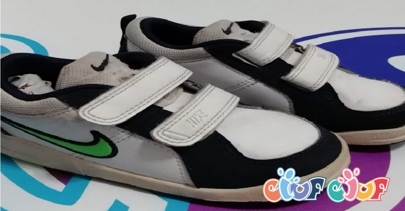 offerta scarpe usate bimbo a Verona - occasione scarpe bambino Nike con strapp Verona