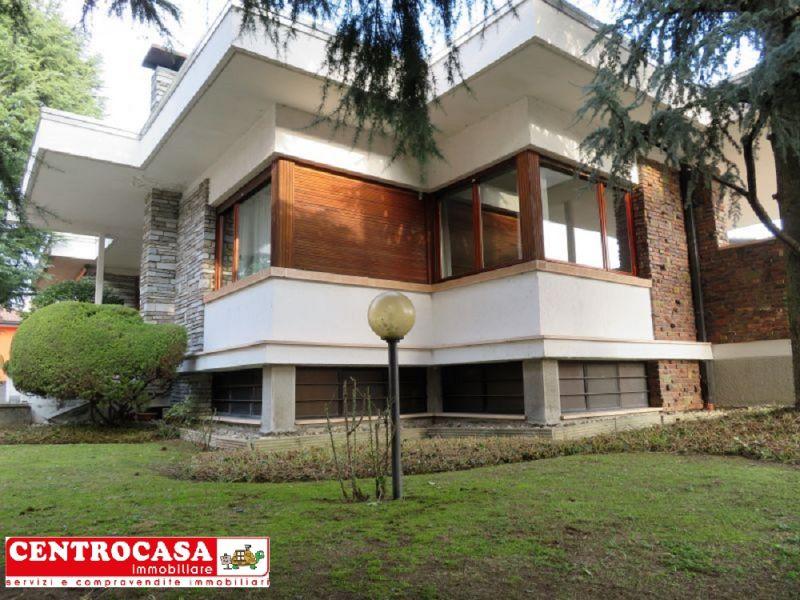 promozione vendita villa con giardino Novara - offerta ville in vendita Novara
